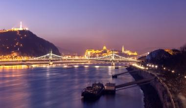 Warum lohnt es sich (nur) nach Ungarn zu fahren, wenn es um Zahnbehandlungen geht?