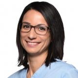 Dr. Krisztina Dóra-Harmat - Fachzahnärztin bei CompletDent